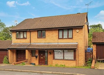 Thumbnail 6 bed detached house for sale in Hunters Oak, Hemel Hempstead