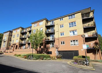 Thumbnail 2 bed property to rent in Greenview Close, London