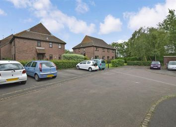 Thumbnail 1 bedroom flat for sale in Alderfield, Petersfield, Hampshire