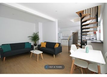 5 bed terraced house to rent in Camden Mews, London NW1
