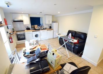 2 bed flat to rent in Brandreth Close, Sheffield, South Yorkshire S6