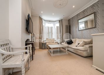 Thumbnail 2 bed flat for sale in Brading Road, Brixton