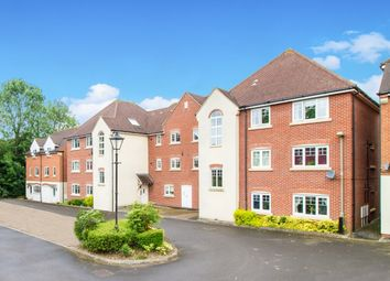 Thumbnail 1 bed flat to rent in Staniland Court, Abingdon