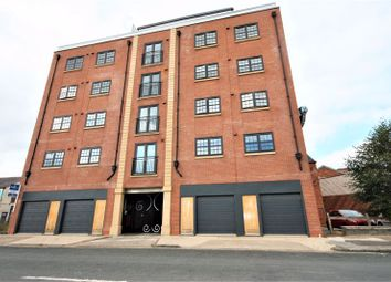 Thumbnail 1 bed flat to rent in Wellington Street, Hull