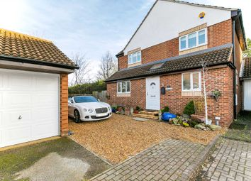 Thumbnail 5 bed detached house for sale in Higgs Court, Loughton, Milton Keynes