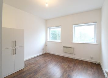 Thumbnail 1 bed flat to rent in High Street, London, Kent