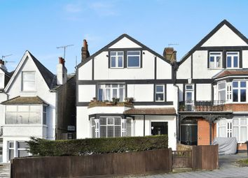 Thumbnail 3 bed flat to rent in Streatham Common North, London