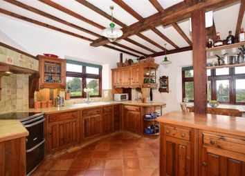 4 bed semi-detached house for sale in Barn Hill, Hunton, Maidstone, Kent ME15