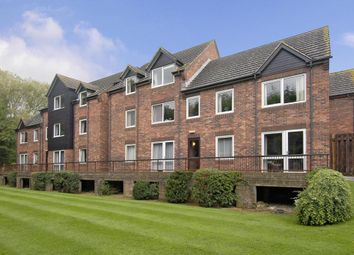 Thumbnail 1 bedroom flat for sale in Cygnet Court, Abingdon
