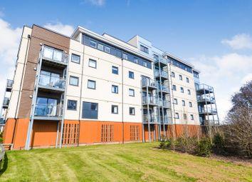 2 bed flat to rent in Groombridge Avenue, Eastbourne BN22
