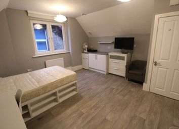 Thumbnail Room to rent in Tennyson Road, Luton