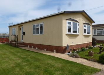 Thumbnail 2 bed mobile/park home for sale in Whitehaven Park, Ingoldmells, Skegness