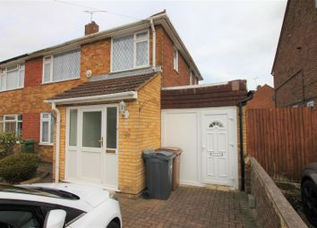 Thumbnail Studio to rent in Lalleford Road, Luton