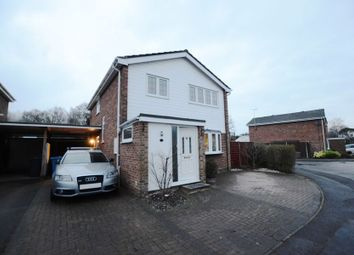 Thumbnail 4 bed detached house to rent in Globe Farm Lane, Blackwater, Camberley