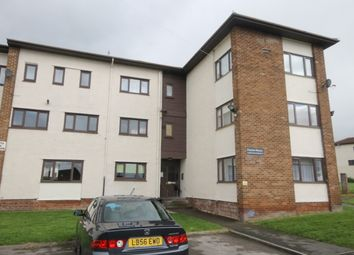 Thumbnail 3 bed flat for sale in Kingsdale Court, Leeds