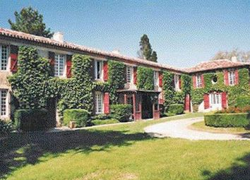 Thumbnail 21 bed country house for sale in 32000 Auch, France
