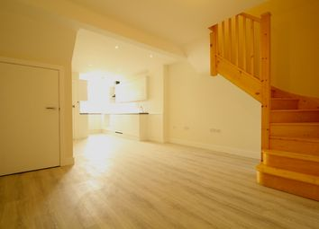 3 bed maisonette for sale in Linkway, London N4