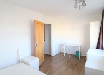 Thumbnail 3 bed flat to rent in Brodie House, Coopers Road, London