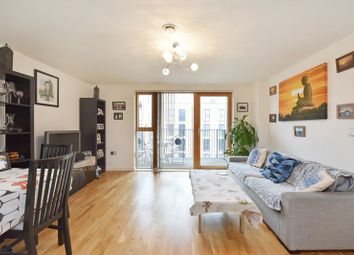 Thumbnail 2 bedroom flat for sale in St James House, Greenwich