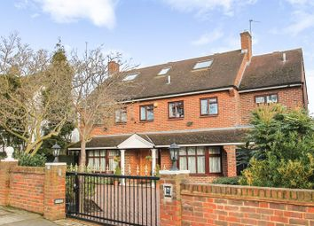 Thumbnail 6 bed detached house to rent in Park View Road, Ealing, London