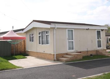 Thumbnail 2 bedroom mobile/park home for sale in Hill Corner Farm Caravan Park, Sandy Lane, Farnborough