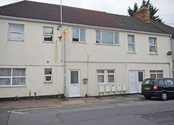 Thumbnail 2 bedroom flat to rent in Cambria Bridge Road, Swindon