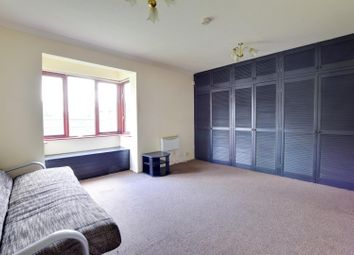 Thumbnail Studio to rent in Holly Gardens, West Drayton, Middlesex