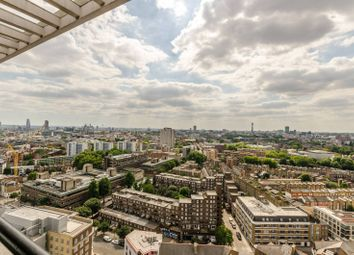 Thumbnail 1 bedroom flat for sale in Hall Street, Angel, London
