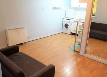 Thumbnail 1 bed flat to rent in Franklin Avenue, Slough