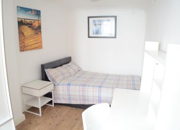 Thumbnail Room to rent in Shelton Place, North Street, Heavitree, Exeter