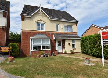Thumbnail 6 bed detached house for sale in Kestrel Crescent, Droitwich