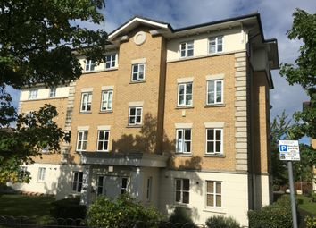 2 bed flat for sale in Monkwood Close, Gidea Park, Romford RM1