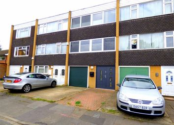 Thumbnail 3 bed town house to rent in Blacksmith Row, Langley, Slough