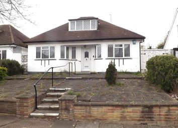The Grove, Edgware HA8. 2 bed property for sale