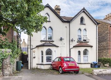 Chelmsford Road, South Woodford E18. 3 bed flat