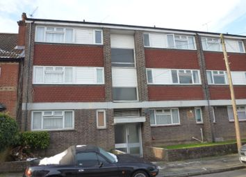 Thumbnail 1 bed flat to rent in Falkland Road, Dorking