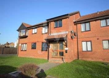 Thumbnail 1 bedroom flat for sale in Broadlake Close, London Colney, St. Albans