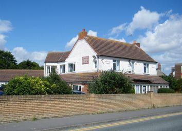Thumbnail 6 bed property for sale in Skegness Road, Ingoldmells, Lincs