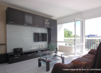 Thumbnail 2 bed apartment for sale in Rhône-Alpes, Rhône, Villeurbanne
