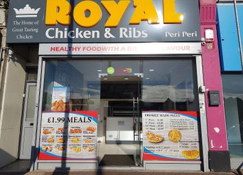 Thumbnail Restaurant/cafe for sale in The Avenue, Highams Park
