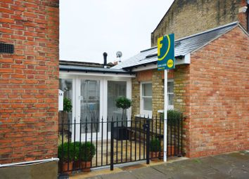 Thumbnail 2 bed property to rent in Wilton Avenue, Chiswick