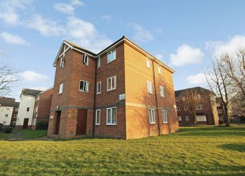 Thumbnail 2 bedroom flat for sale in Mandeville Court, Chingford