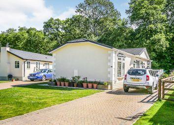 Capel Gardens Holiday Park, Ruckinge, Ashford TN26. 2 bed mobile/park home
