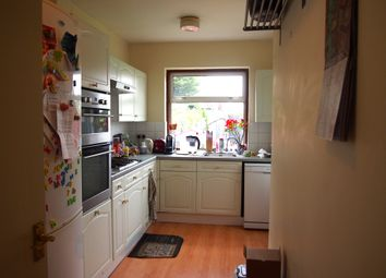 Thumbnail Room to rent in Bedford Avenue, Barnet