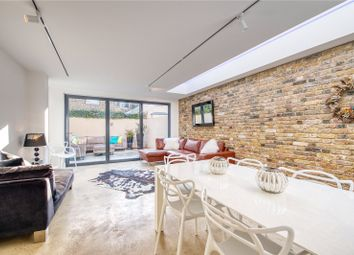 4 bed terraced house to rent in Rowallan Road, Fulham, London SW6