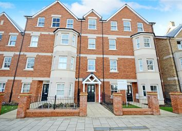Thumbnail 2 bedroom flat for sale in Cornwall House, 32 Warwick Avenue, Bedford