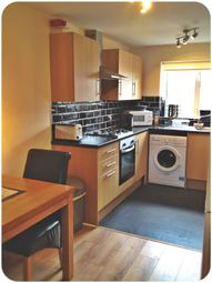 Thumbnail 4 bed shared accommodation to rent in West End Lane, Rossington