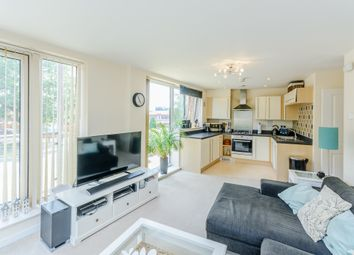 Thumbnail 2 bed flat for sale in Mosaic House, Midland Road, Hemel Hempstead