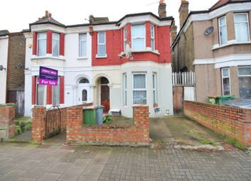 Thumbnail 1 bedroom flat for sale in Dacre Road, London