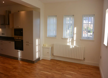 Thumbnail 2 bed flat to rent in Whinny Brae, Broughty Ferry